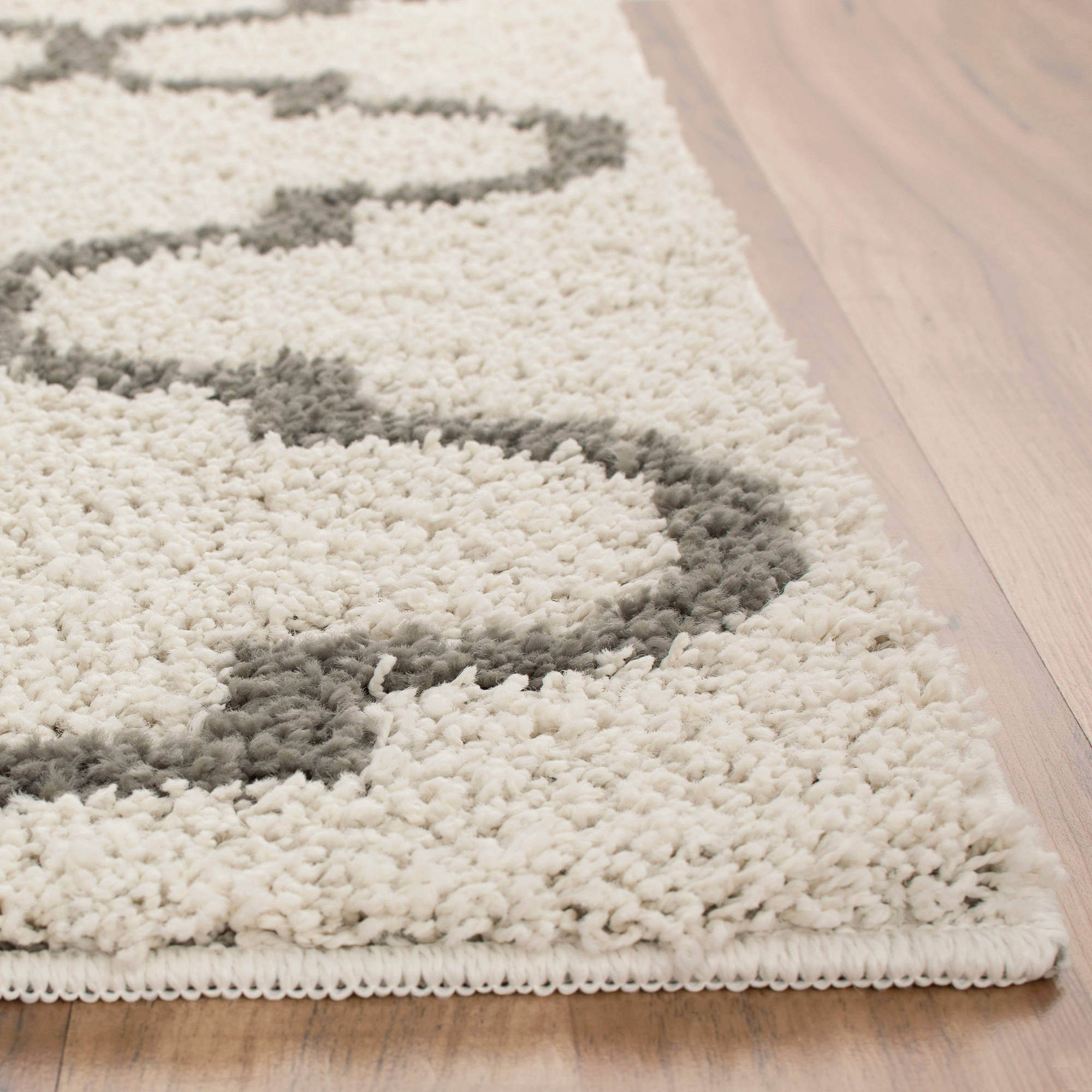 Mainstays Trellis 2 Color Shag Area Rugs Or